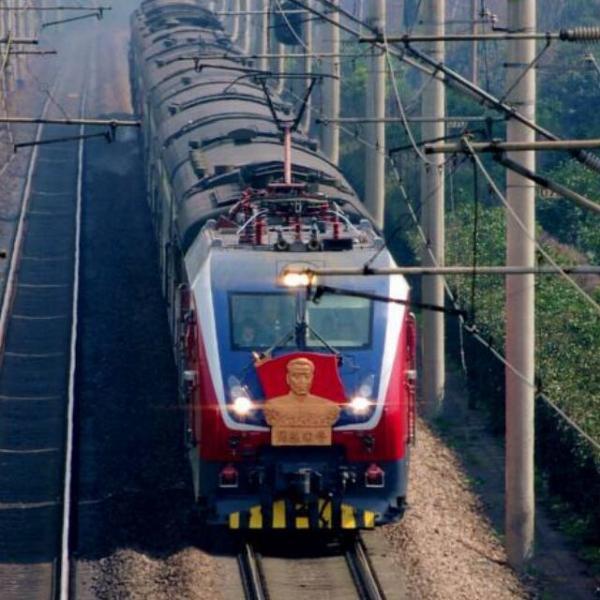 京沪线常州火车拍客