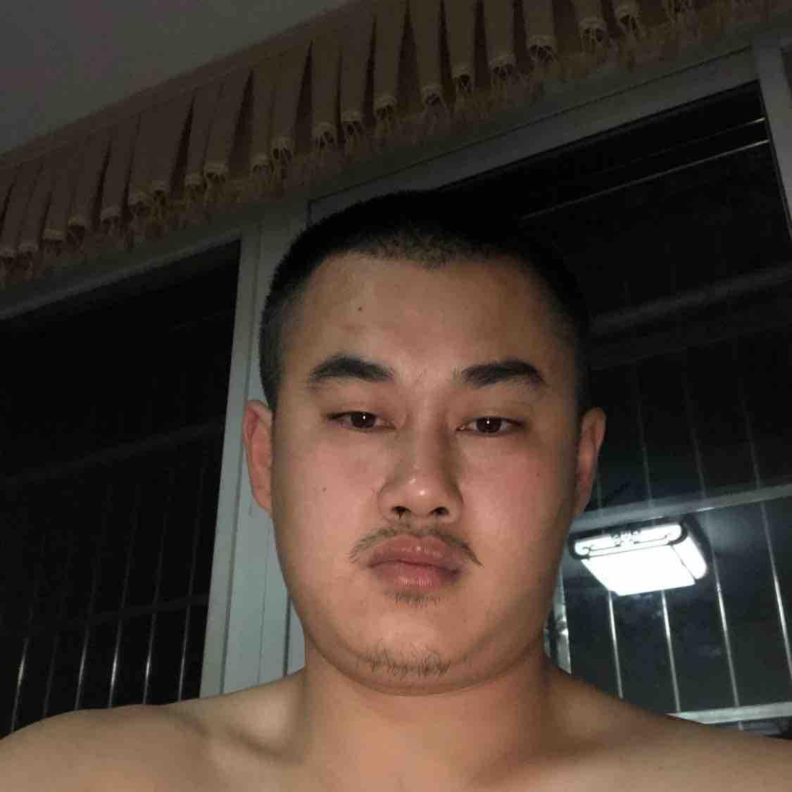 李亮61108
