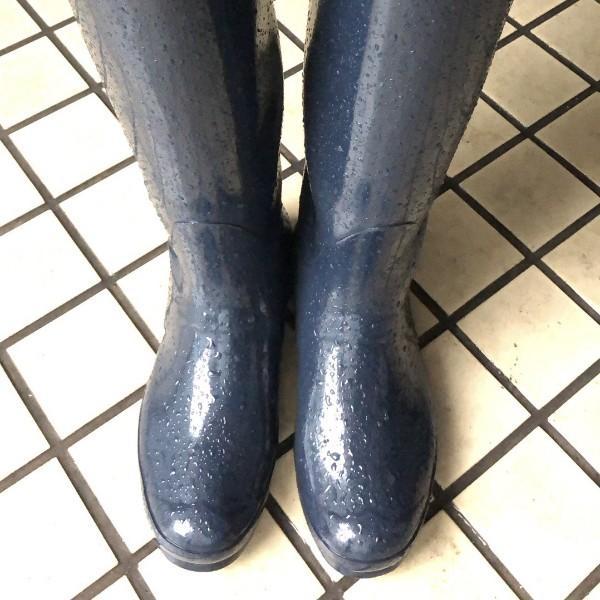 一双爱上泥的雨靴