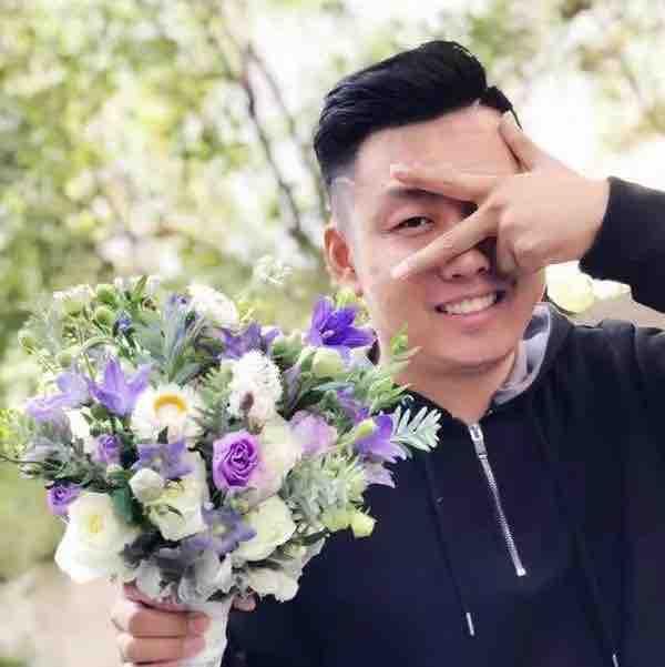 飞扬-花艺师