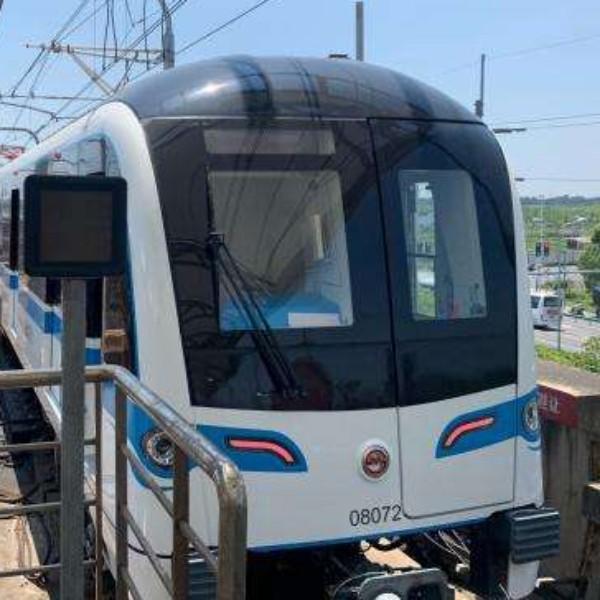 本次列车终点站沈杜公路
