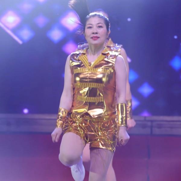 铃玲爱跳舞