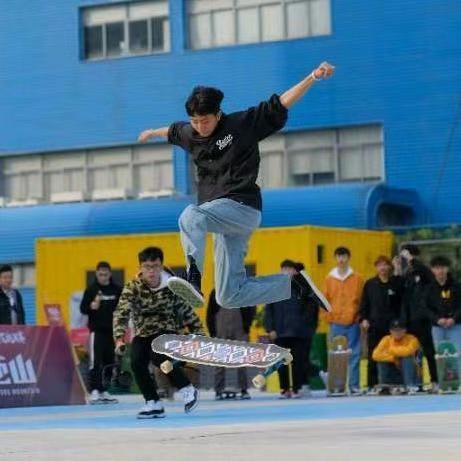 鹏哥的滑板梦