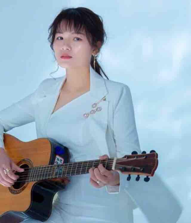 歌手冯蒙蒙