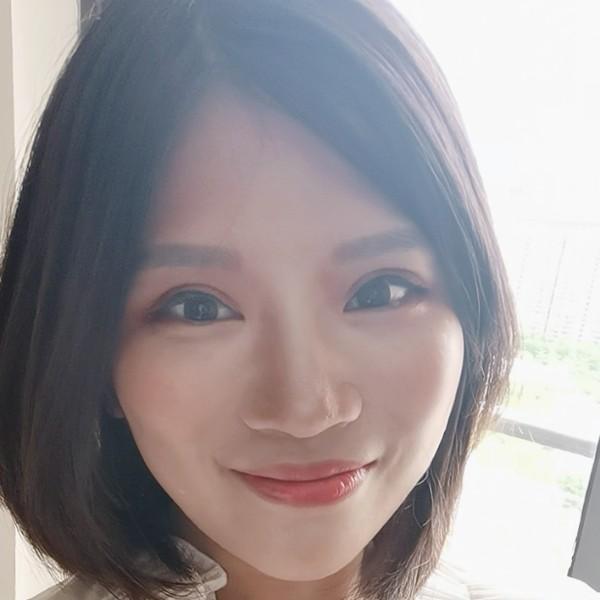 谟瑜momo1026