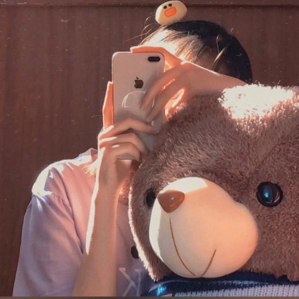 刘亦菲和金智秀圈外女友