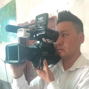 专业摄像师蔡祥
