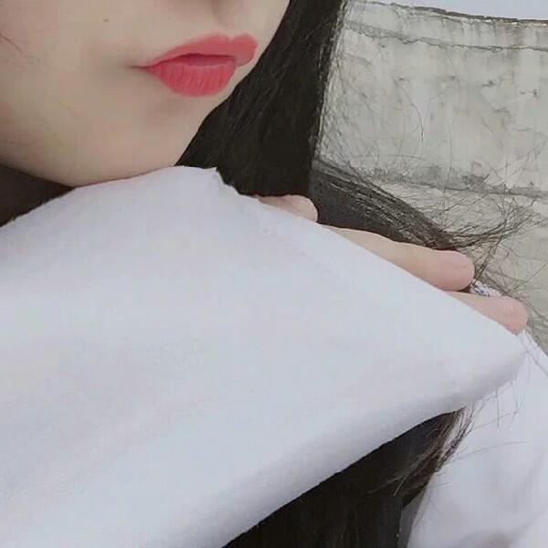 楠楠爱化妆