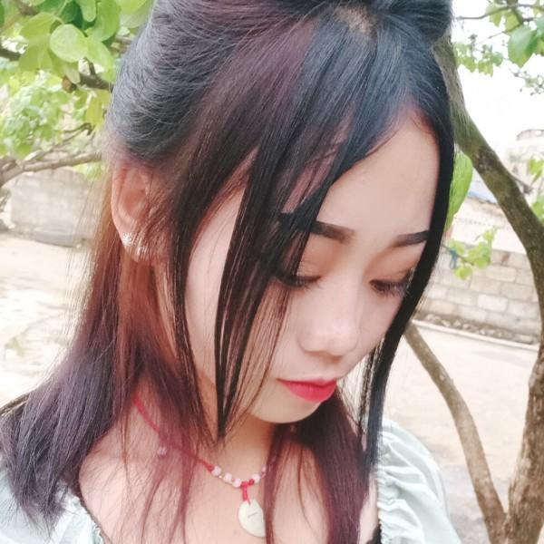 卓别麟-邹