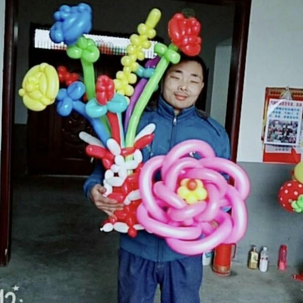 气球造型杂耍