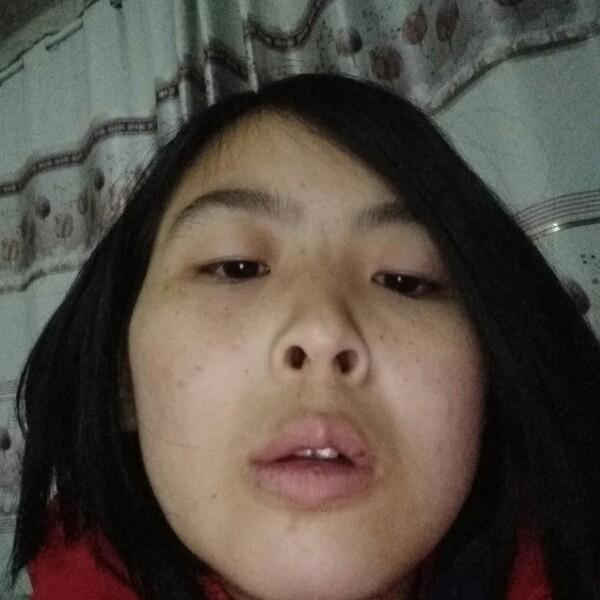 开朗乐观蜜雪莉雅Y的刘双
