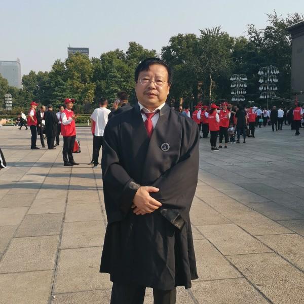 陈希明律师