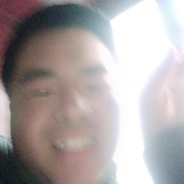 沉痛同志Ade小寒