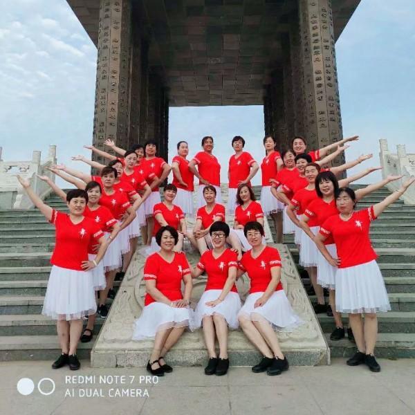 河北沧州女人花舞蹈队