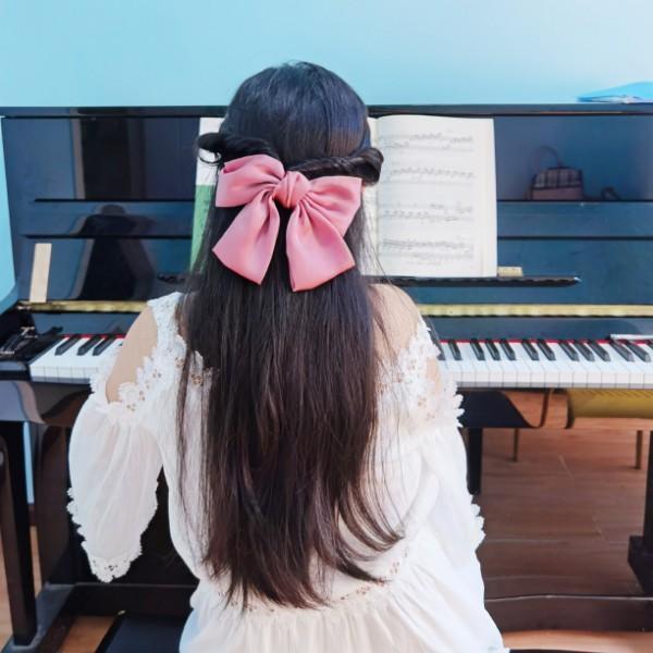 钢琴毓宝贝