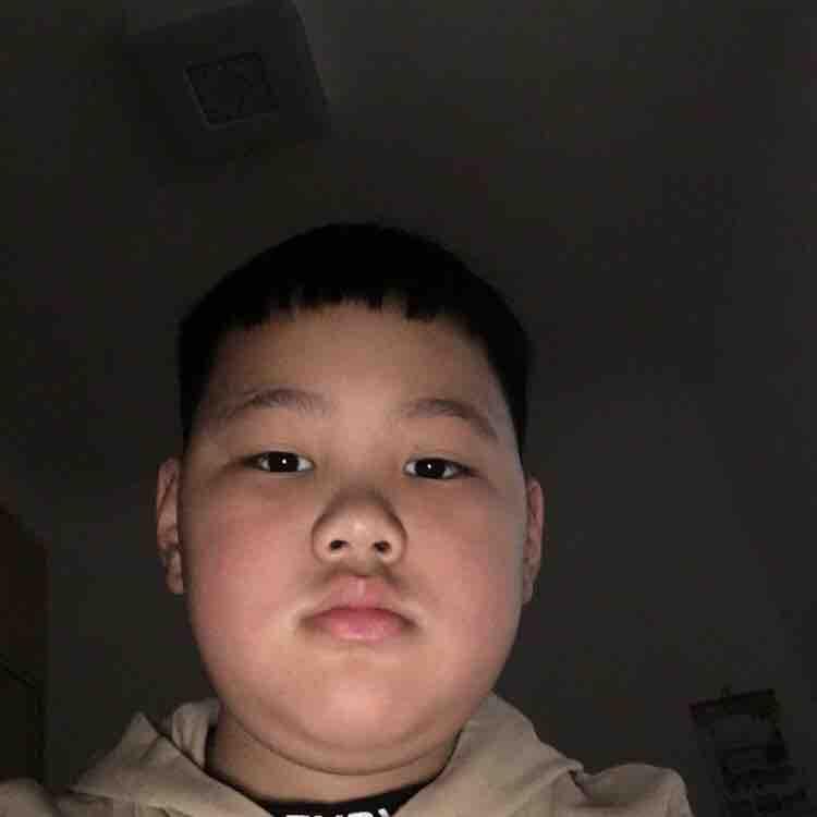刘鑫宇345978