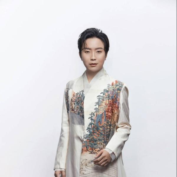 李玉刚先生