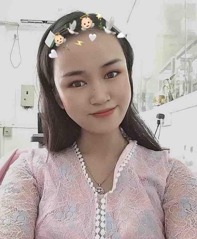 李小哒的老婆