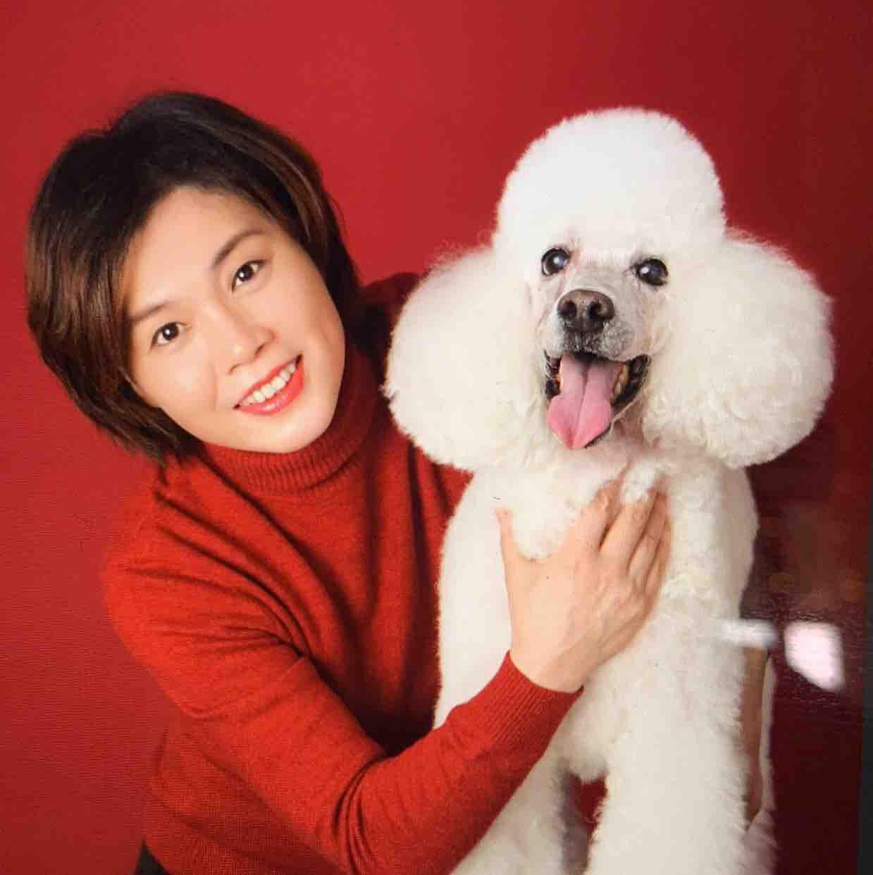 小莉cheng