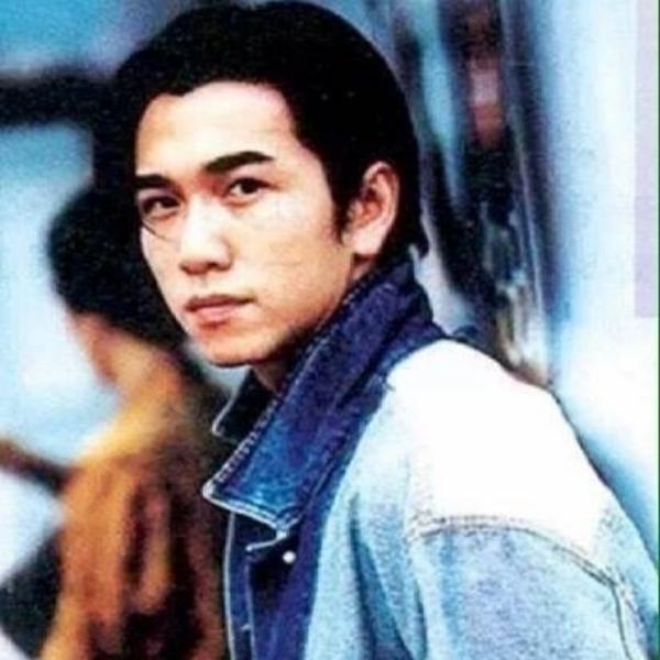 阳光灿烂1990yangguang