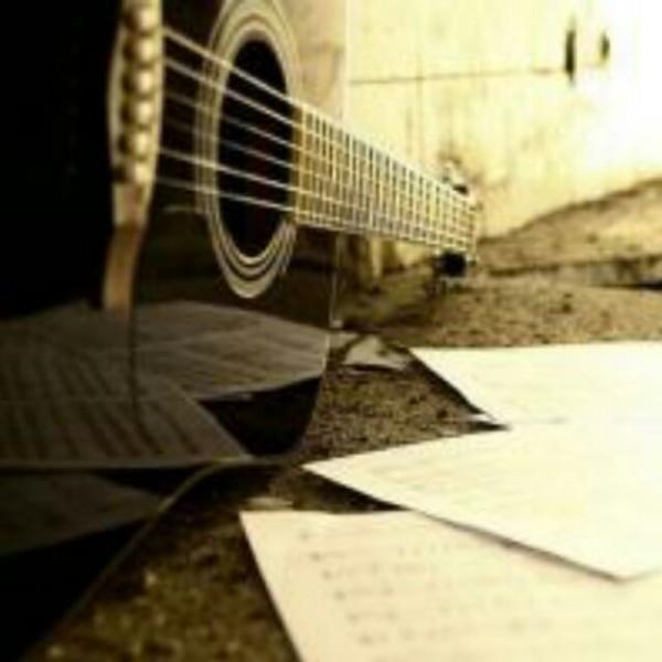大超弹吉他